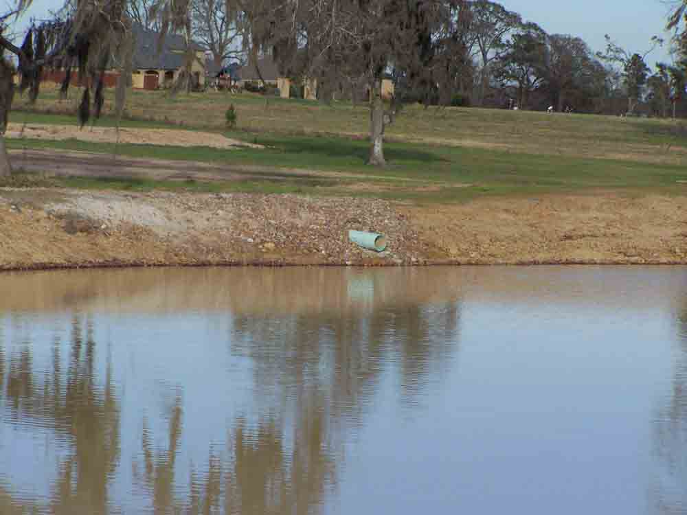 Residential Pond or Lake Design and Construction Image 18